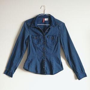 💛[3/$15] H&M Denim Button Up Shirt
